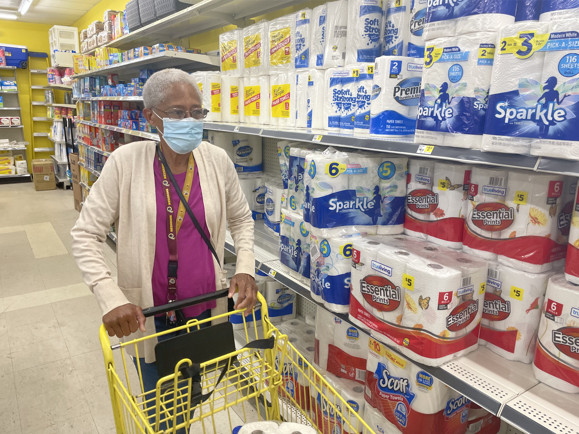 Sharon Tyree shopping at the Dollar General in Glasgow